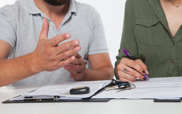 離婚協議書の内容を夫婦で話しあい合意した内容を離婚協議書として書面にしている