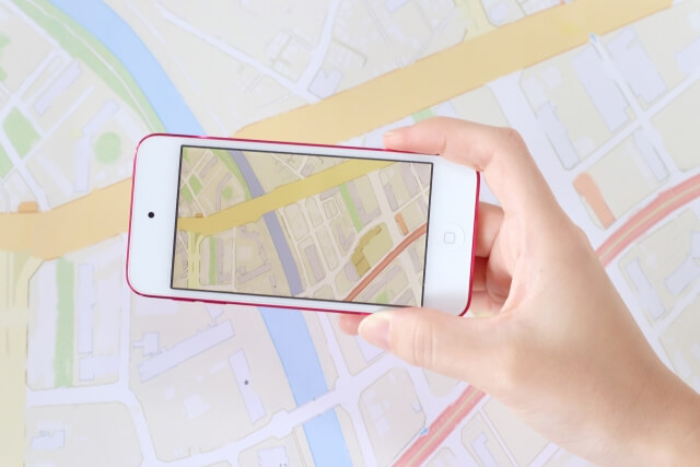 GPSからスマホへ通知される位置情報の精度を地図で確認する