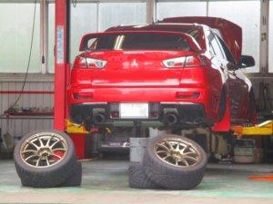 タイヤ交換 スタッドレスが必要な地域の方は注意
